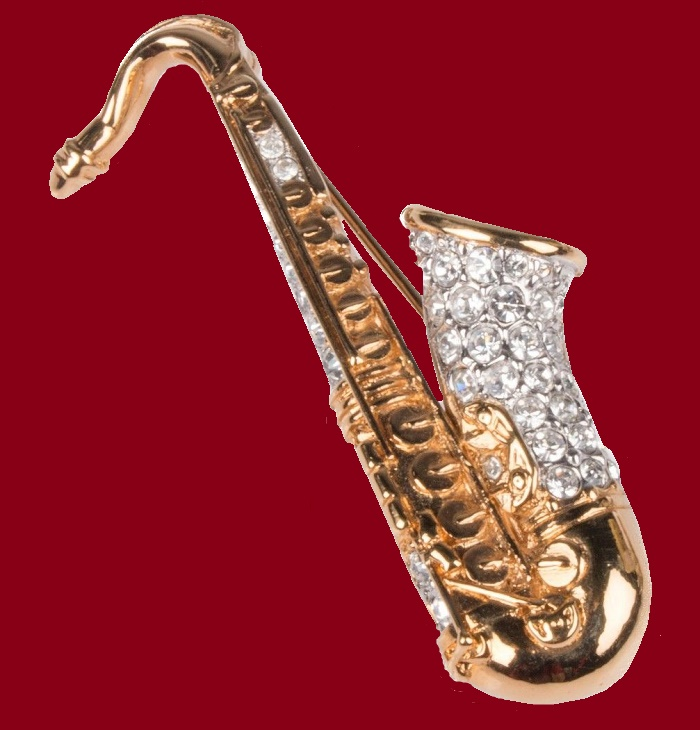 Saxohone brooch