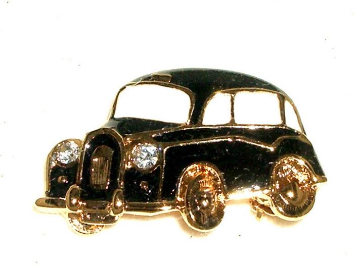 Taxi cab brooch