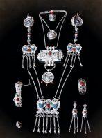 The full Buryat female set 'Sagalgaan' - Danze, guu, zurhen guu, hiihe, two bracelets, a ring, earrings. Silver, corral, malachite, chasing, filigree, enamel