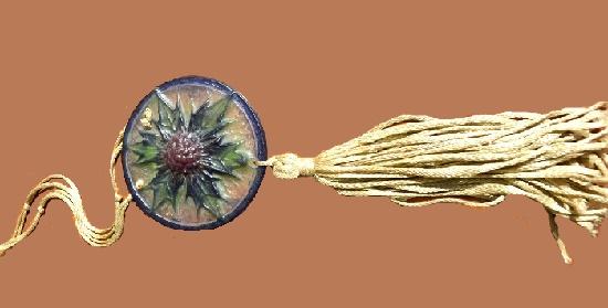 Thistle flower pendant