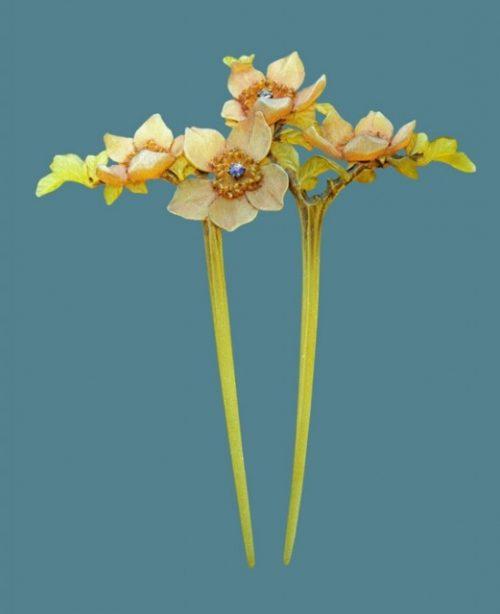 Daffodils hair pin