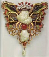 Frog princess pendant - gold, pearl