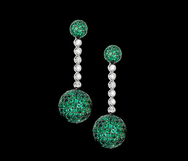 Grisgono emerald and diamond earrings