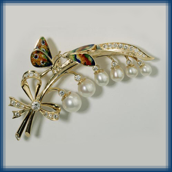 Butterflies on Lilies of the valley. Brooch of Gold, diamond, pearl and enamel
