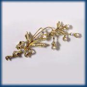 Pearl dew. Gold, diamonds, pearls