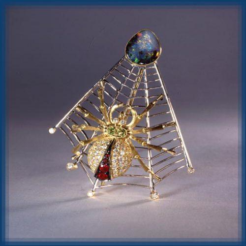Spider. Gold, diamonds, opal, sapphire, chrysolite
