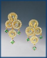 Sunflowers. Earrings of gold and diamonds