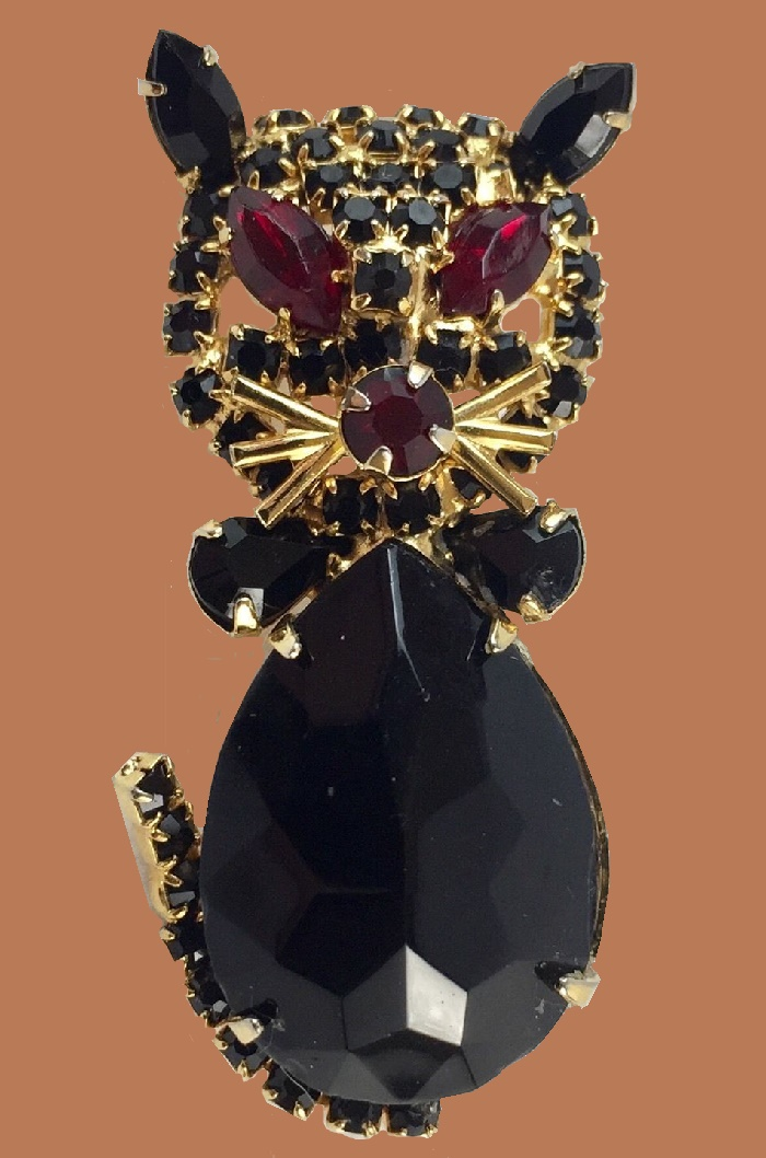 Goldtone with rhinestones Black Cat brooch