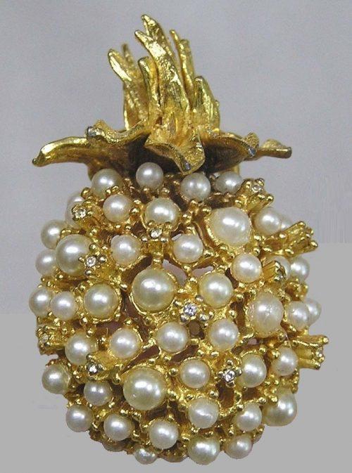 Pineapple Brooch Faux Pearls Goldtone