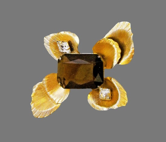Сognac color glass gold tone rhinestones brooch. 8 cm. 1970s