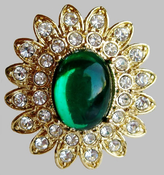 Arnold Isaacs Scaassi costume jewellery  sc 1 st  Kaleidoscope effect & Gold plated jeweled emerald green rhinestone cocktail ring ...