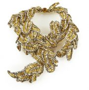 Beautiful necklace-collar of golden leaves of glass beads