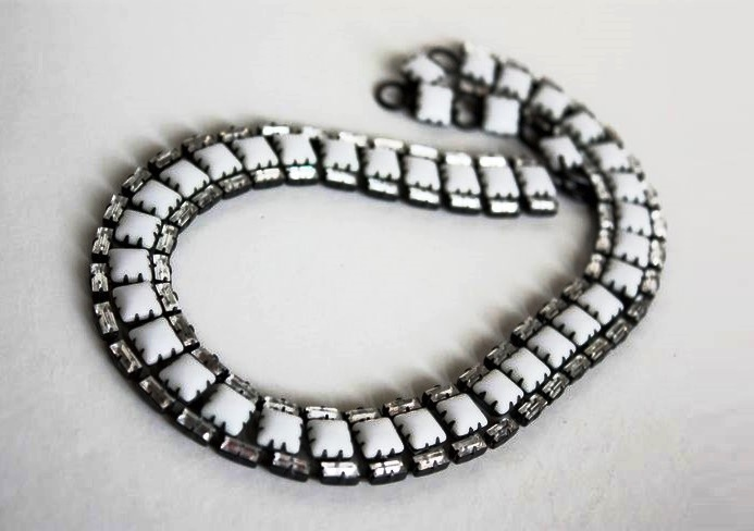 Blackened jewelery alloy, milky glass and rhinestones necklace