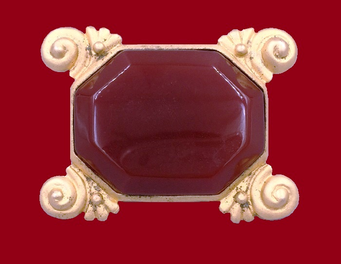 Dyed red quartz, archaeological style, gold plated rectangular brooch
