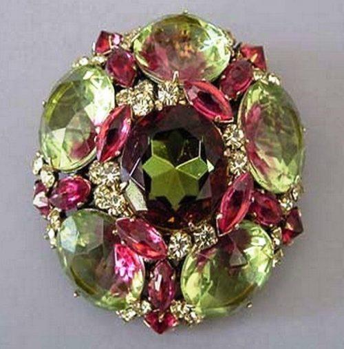 Fabulous crystal and rhinestones brooch