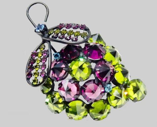 Grape cluster 6 cm brooch, silver-tone metal, multi-colored cabochons
