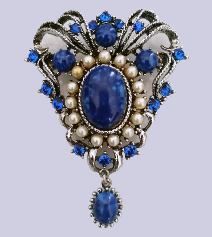 Imitation of sapphire, pearl brooch-pendant