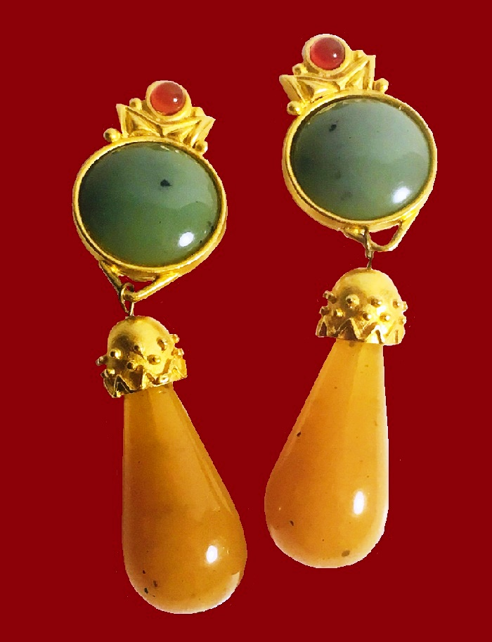 Teardrop Green Red Yellow Stones earrings-clips