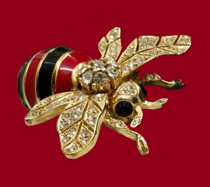 Bumblebee Brooch. jewelry alloy, Swarovski crystals, colored enamel