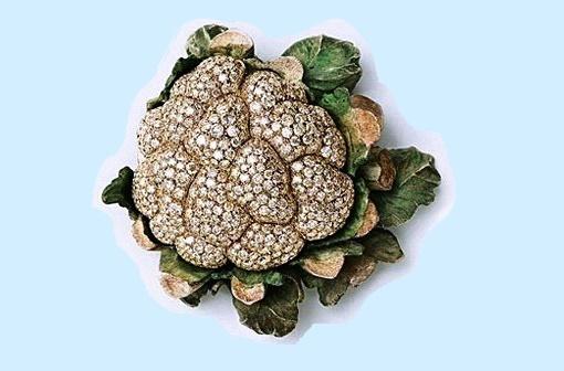 Cauliflower. Diamonds, silver, white gold