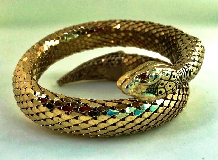 Egyptian style, art deco gold mesh snake bracelet. 1960s