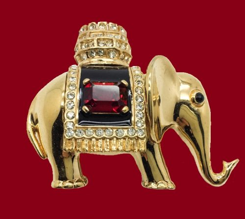 Elephant brooch. 1980s. Made of crystal rhinestones and emerald cut faux crystal ruby