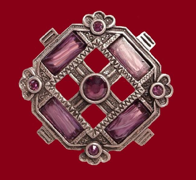 Geometrical brooch