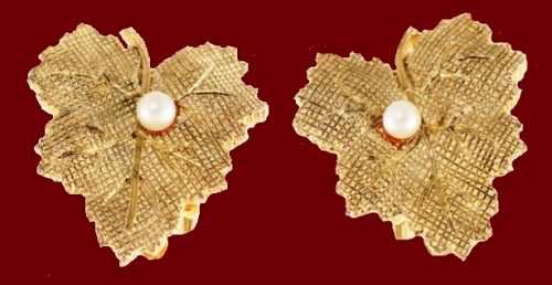 Maple leaves, clips from a jeweler's alloy, decorated with natural pearls. Vintage 1950s