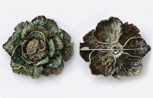 Savoy Cabbage brooch. Sapphires, tsavorites, bronze