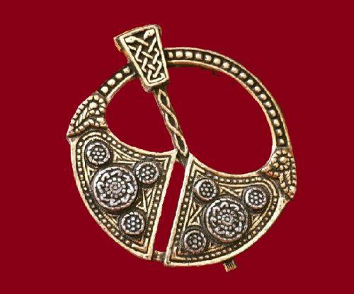Scottish ornament Celtic brooch. 1960's