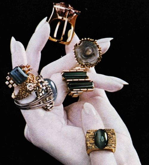 1960s leading English jeweler Gillian Packard