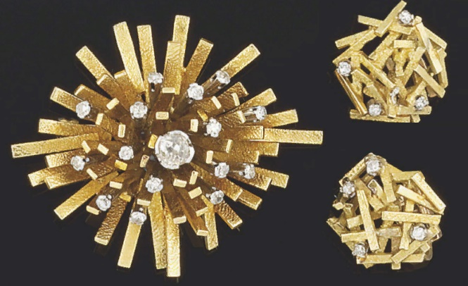 Stunning gold and diamond earrings and brooch