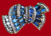 1955 bow brooch