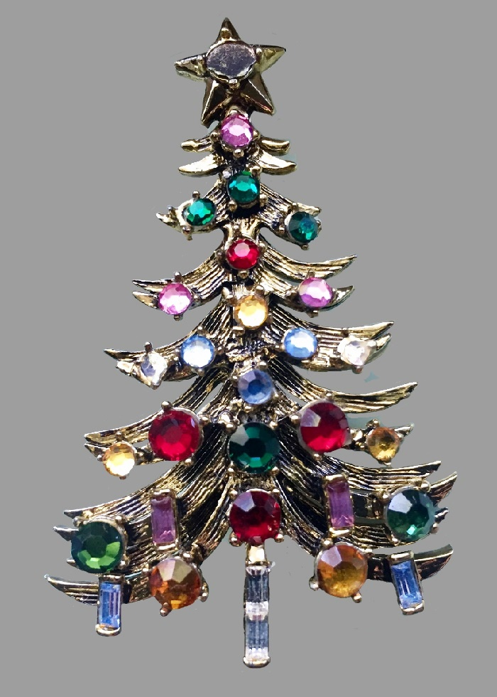 Beautiful Hollycraft Xmas Tree Pin. 1950s