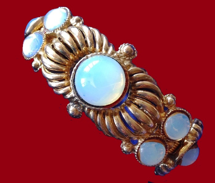Bracelet of metal, jewelery alloy, gold coating, glass cabochons, moonstone cabochon