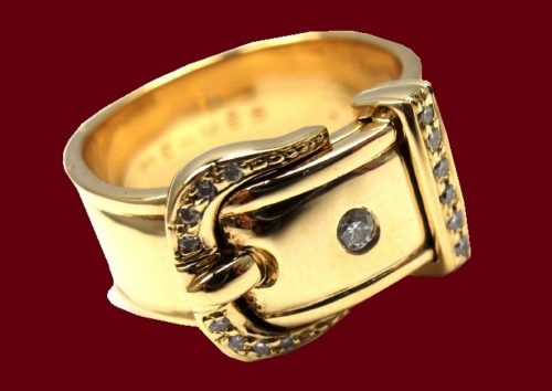 Buckle Band Ring. 18k gold, diamonds