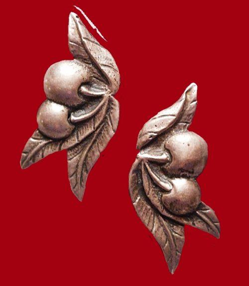Cherry earrings, Vintage 1940s