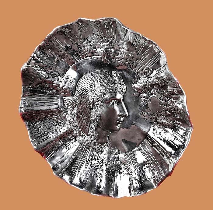 Cleopatra silver decorative plate