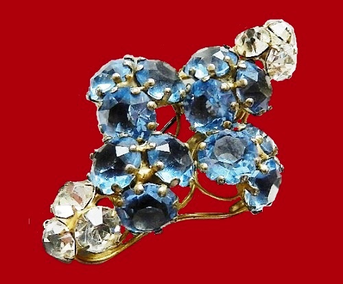 Flower vintage brooch, labeled Fred A. Block, 1940 - 1949. Gold-plated sterling silver, colored crystals