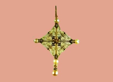 Gold pendant with enamel, pearls and diamonds, the signature 'C.G'. 1880
