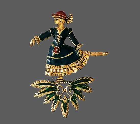 Figure skater brooch. 6.5 cm. 1990s
