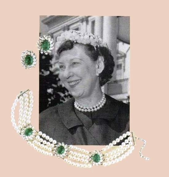 Made according to Alfred Philippe's design Necklace and earrings for the first lady of the USA Mami Eisenhower