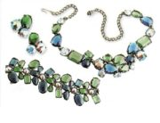 Necklace, bracelet and earrings, rhodium-plated metal, colored glass, rhinestone. 1950's. £ 1000-1200