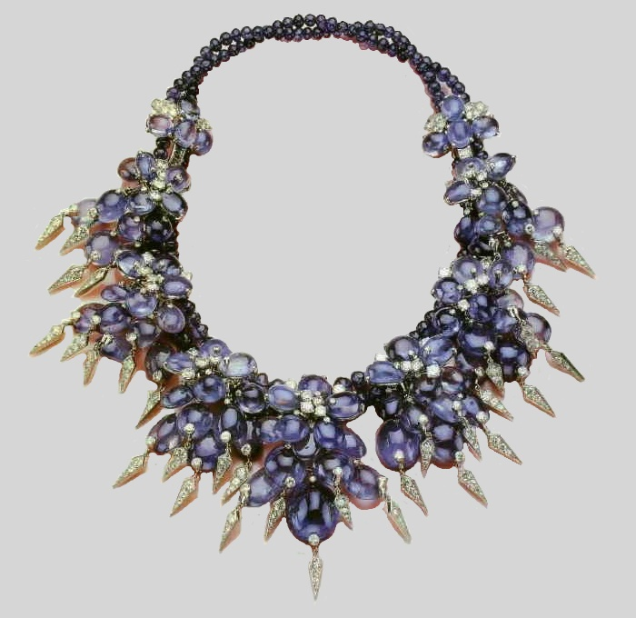 Necklace with sapphires and diamonds from the collection of the Duchess of Windsor. 1940