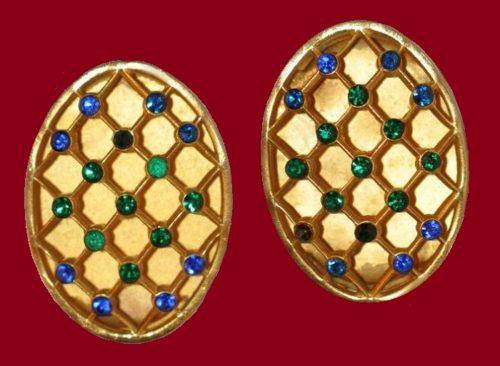 Oval earrings, golfd tone metal, rhinestones