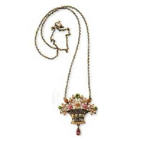 Pendant in the form of a bouquet of flowers from artificial stones. 1900. £ 250-300 LYNN