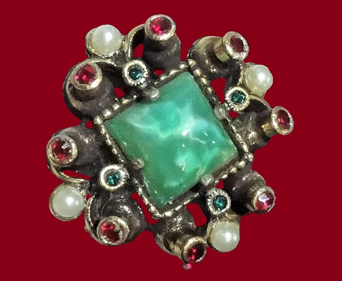 Red, Green Rhinestones and Faux Pearl ring. 1950s