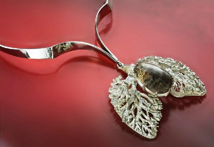 Roots of life, silver necklace. Melchior, silvering, quartz, zircons, mixed technique. 2009