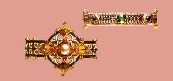 Sliding wrist of gold with enamel and gems, signature 'C.G'. 1865