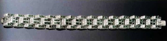 The bracelet- 'ladder' with emeralds and diamonds. The late 1930s